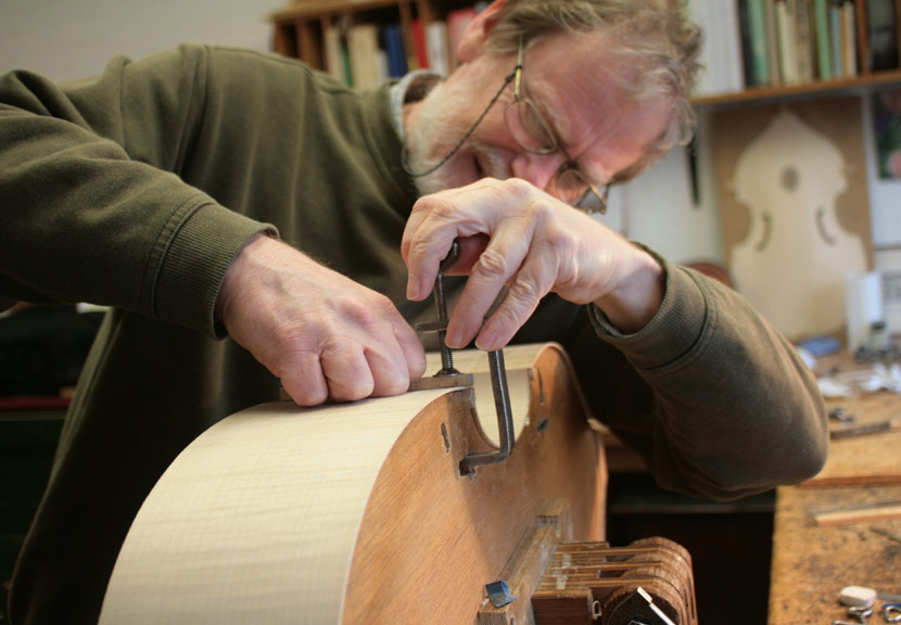 Construction of a Viola da Gamba